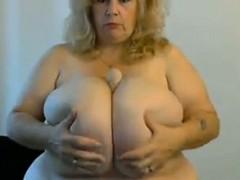 Mature BBW With Huge Boobs