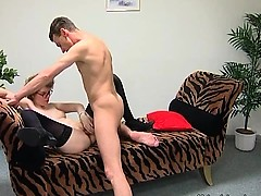 This cock craving mature slut hadn't have a sex for a