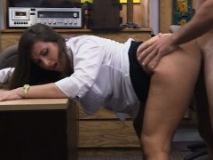 Big ass babe pawns her pussy and banged at the pawnshop